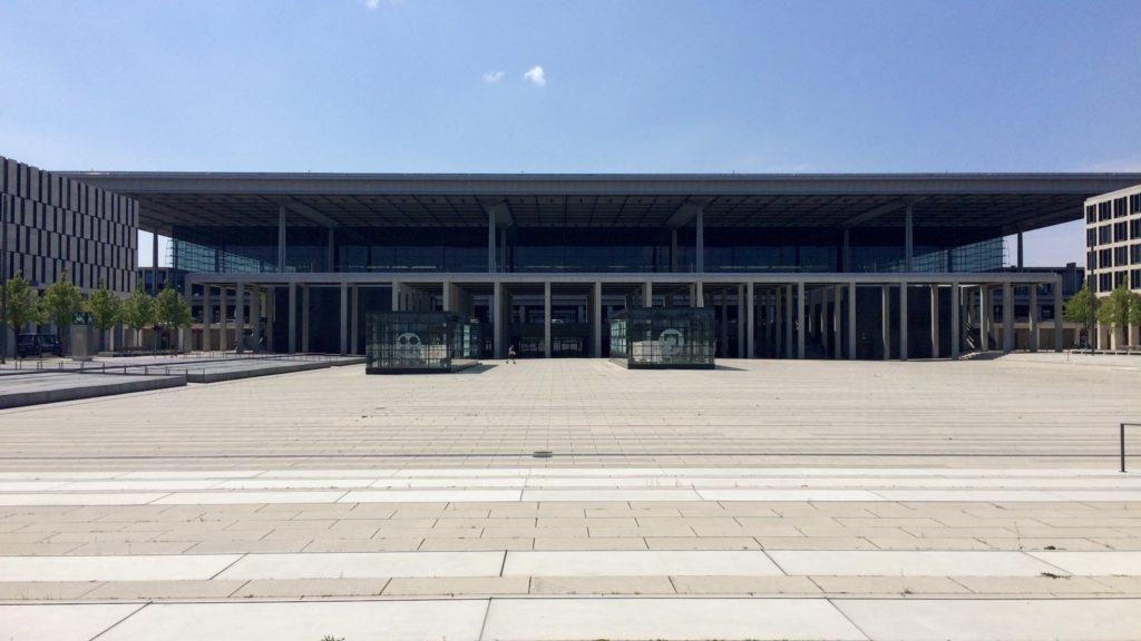 Der Flughafen Berlin Brandenburg BER