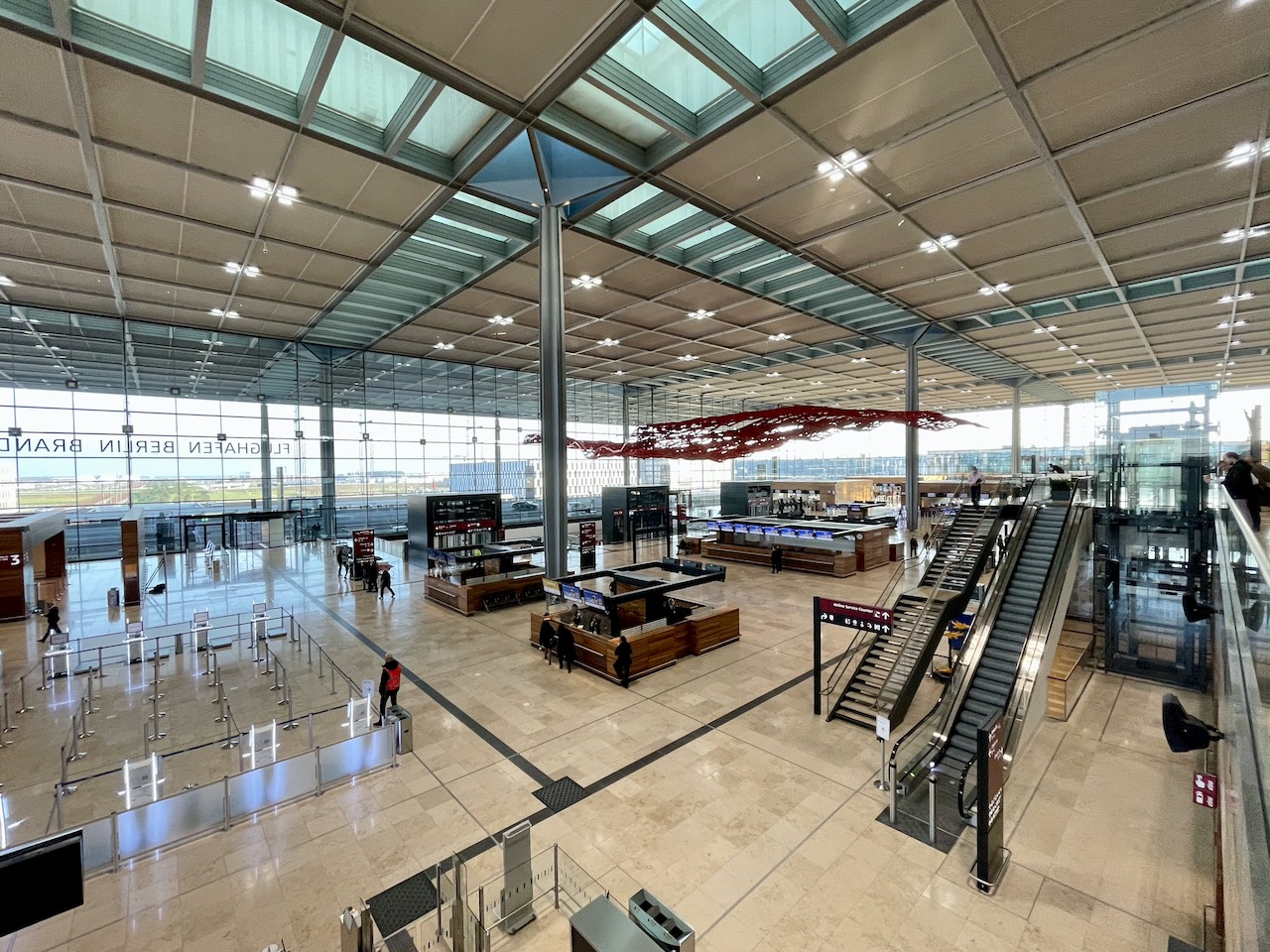 Flughafen BER Berlin Barndenburg International Terminal 1